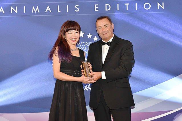 YU東方森草榮獲世界大獎寵物沐浴年度品牌